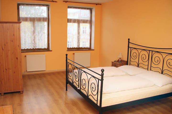 Apartmán Komenského nám., Jičín - Jičín - Lägenhet