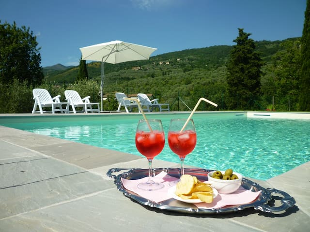 Casa con piscina  in Toscana 40 min. da Firenze
