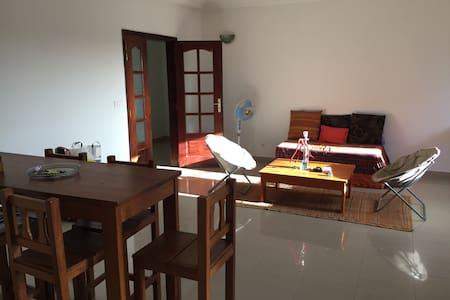 Chambre tout confort à Dakar - Dakar - Huoneisto