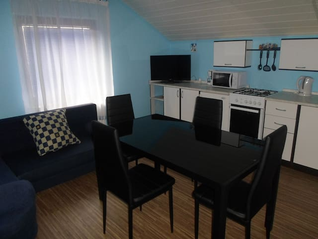 House Petra, One-Bedroom Apartment - Rakovica - Talo