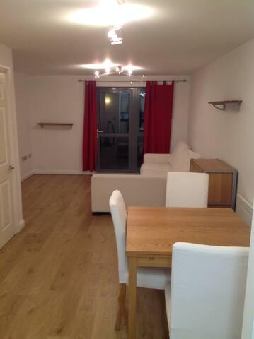 Charming flat in Hanwell