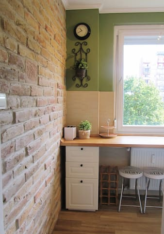 Lovely flat 10 mins from center - 3 bedrooms - Budapest - Leilighet