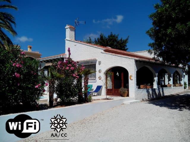 Villa Ricarlos - Calpe - Hus