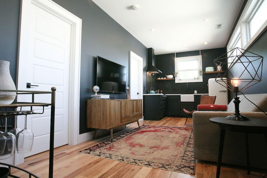 Every room in the loft features an HDLCD smart tv with premium on demand programming like HBO, Showtime, Starz and more