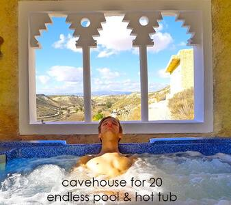 Family house, WIFI + POOL + HOT TUB - Orce - Cave