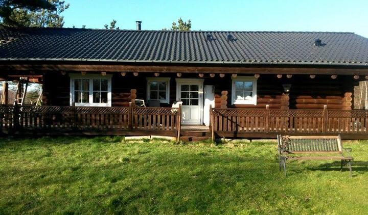 Vesterø, Læsø - Bjælkehus/loghouse