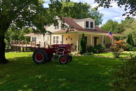 Organic Farmstay Bed and Breakfast - Red Oak - Aamiaismajoitus