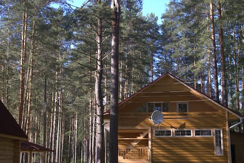 База отдыха в лесу на реке Сорогожа