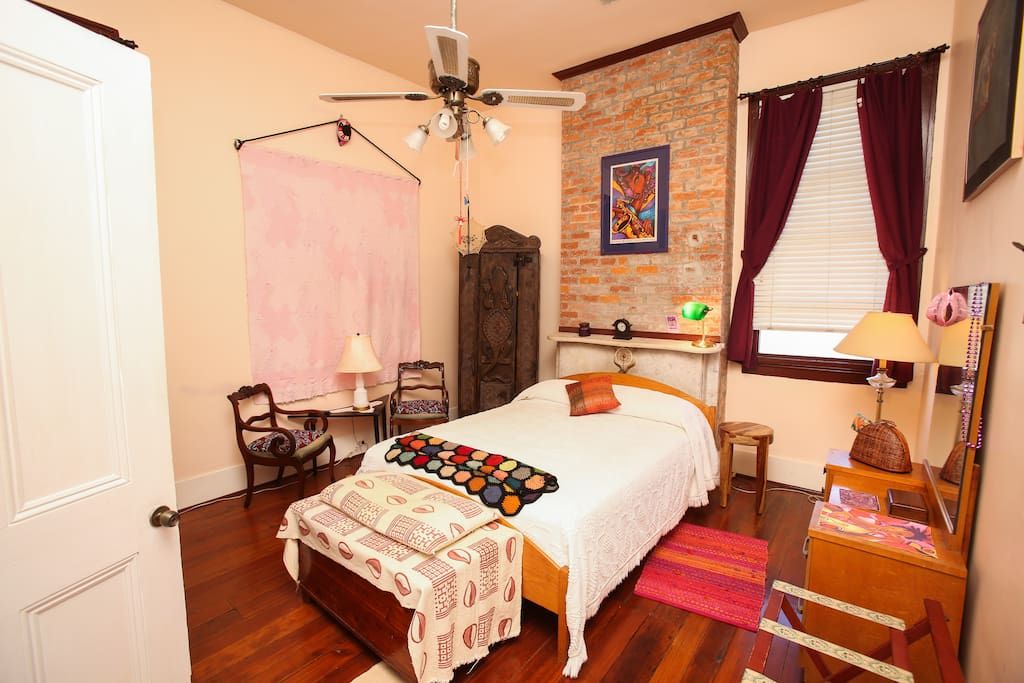 Huckabuck village in historic treme chambres d 39 h tes for Chambre hote orleans