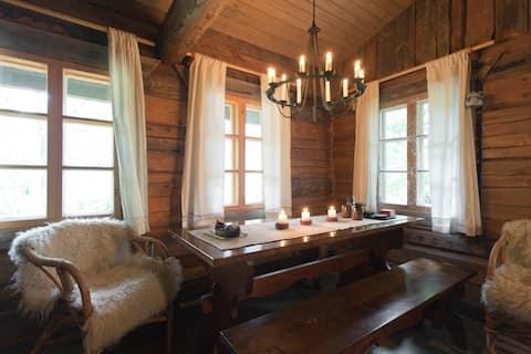 Una còmoda cabana de tronc amb sauna