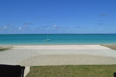 Summer Breeze Beachfront 3 Bedrooms - Pointe d'Esny - Huoneisto