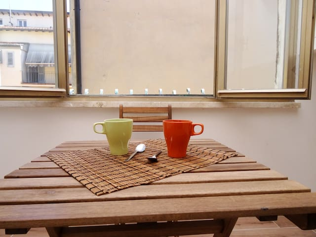 Apartment in the Heart of Pistoia - Pistoia - Lejlighed