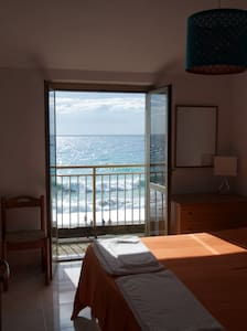 Cozy flat with romantic sunset view - Marina di Belmonte Calabro - Lejlighed