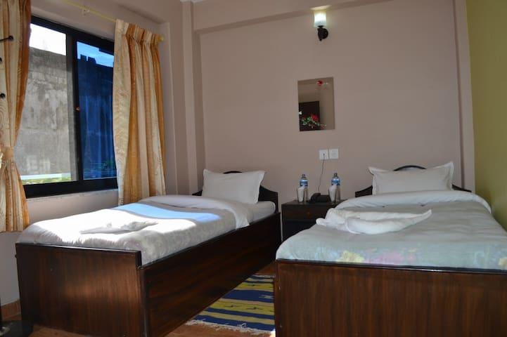 Hotel Donesti C, Lakesid ,Pokhara