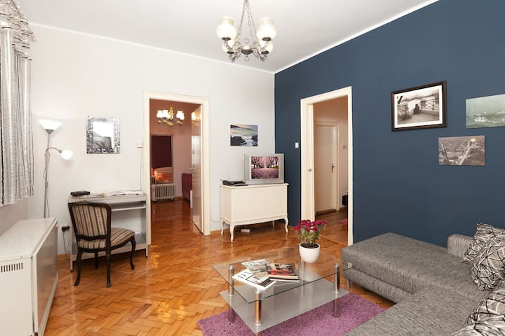 Apartment in famous city core