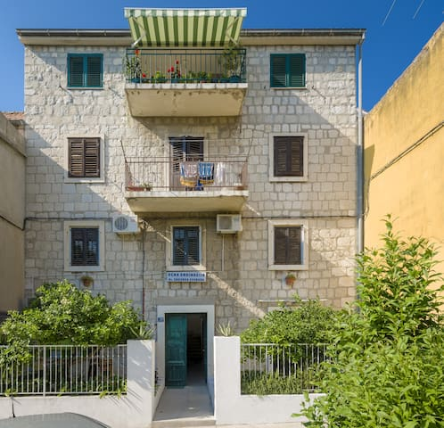 Eco B&B Old Town Beach (Studio2) - Apartments for Rent in Split ...