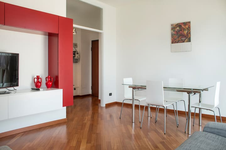 Bright apartment Milano Centre