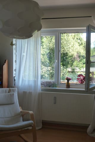 Friendly room in Munich-West - Gröbenzell - Departamento