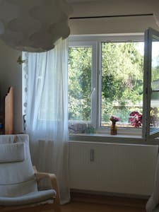 Friendly room in Munich-West - Gröbenzell - Leilighet