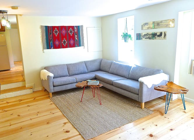 Beautiful, Quiet Country Apartment - Red Hook - Appartement
