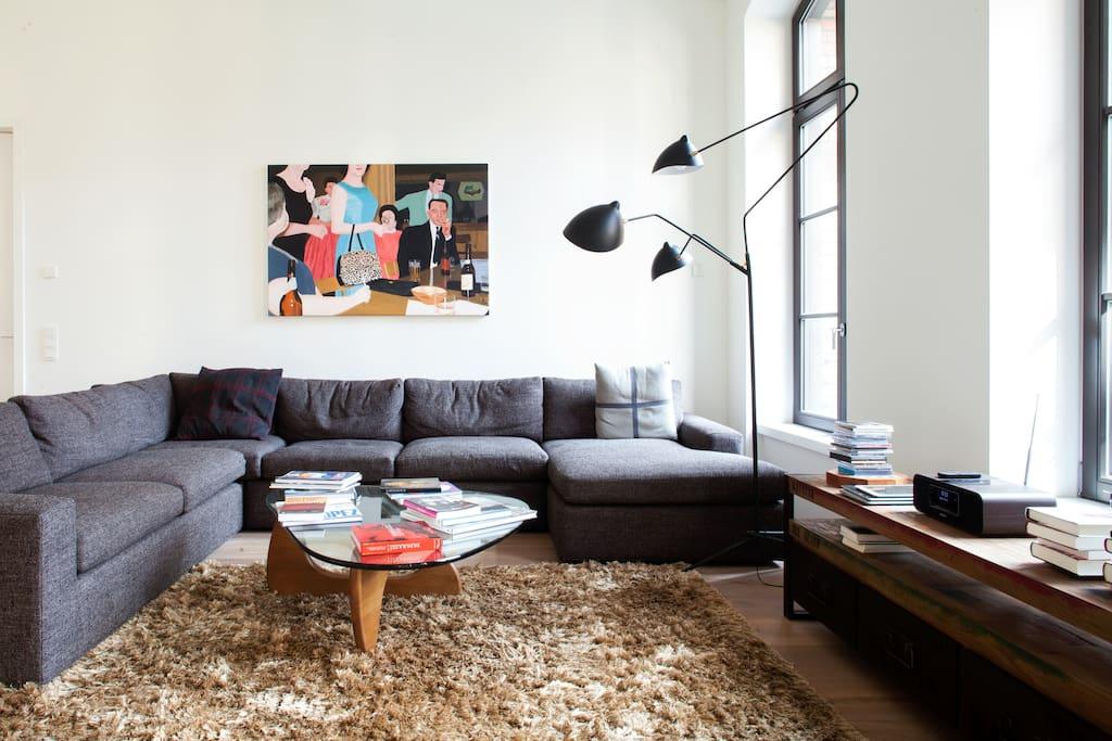 stunning loft in the heart of mitte lofts zur miete in berlin berlin deutschland. Black Bedroom Furniture Sets. Home Design Ideas