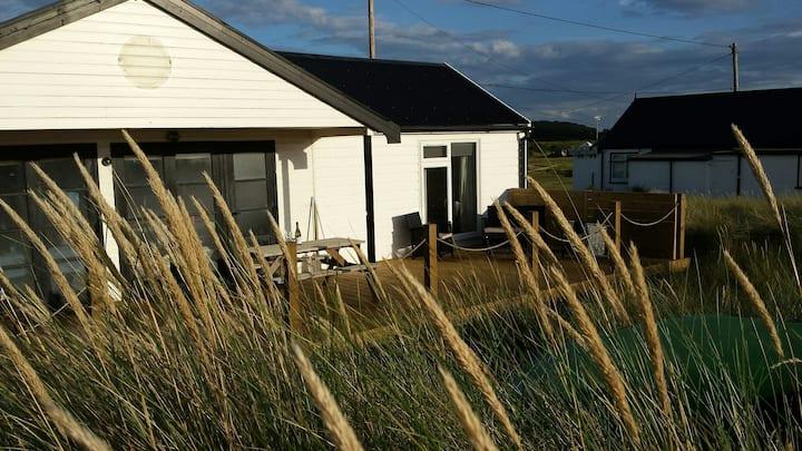 Coastal Beach House Seaside Hideaway