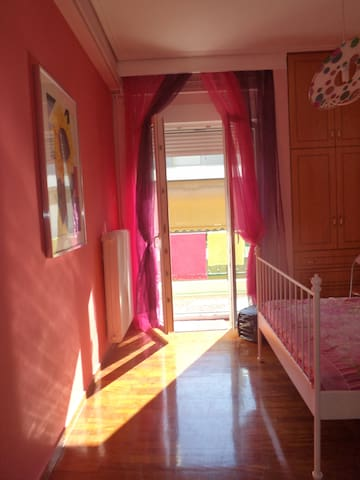 ROMANTIC BEDROOM+LIVINGROOM, CENTER - Volos - Apartment