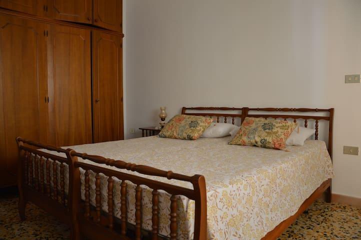 Camera da letto doppia/matrimoniale