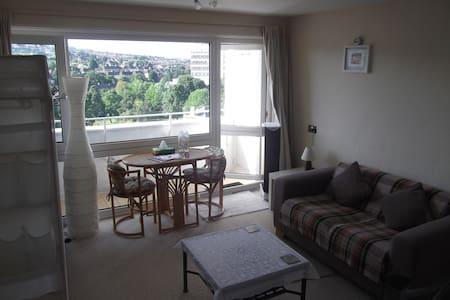Fabulous King Size Balcony Room - Bed & Breakfast