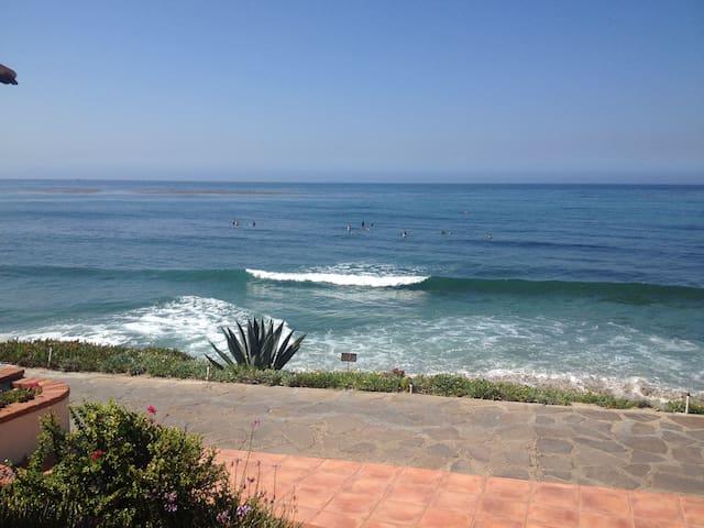 Las Gaviotas 1bd One Row from Ocean - Росарито - Квартира