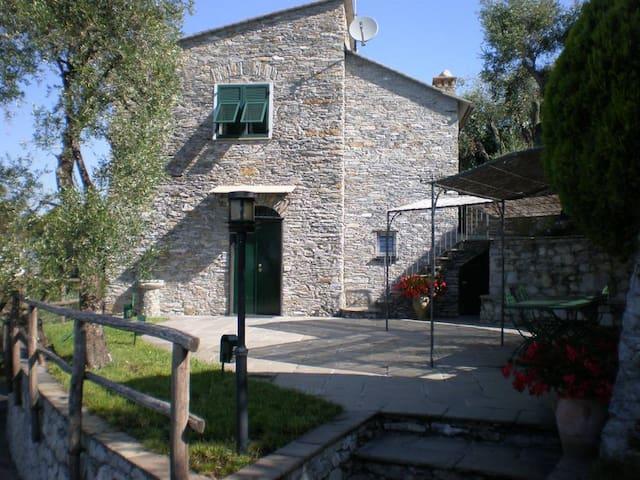 On ITALIAN RIVIERA elegant restor - Lavagna - Villa