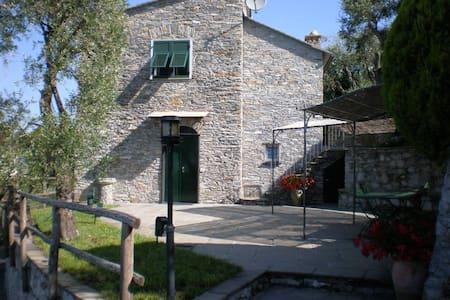 On ITALIAN RIVIERA elegant restor - Lavagna