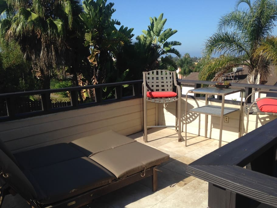 Rooftop Patio - Double Chaise Lounge & Bar Table