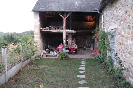 Cottage in Regional park Du Morvan - Chissey-en-Morvan - Hytte