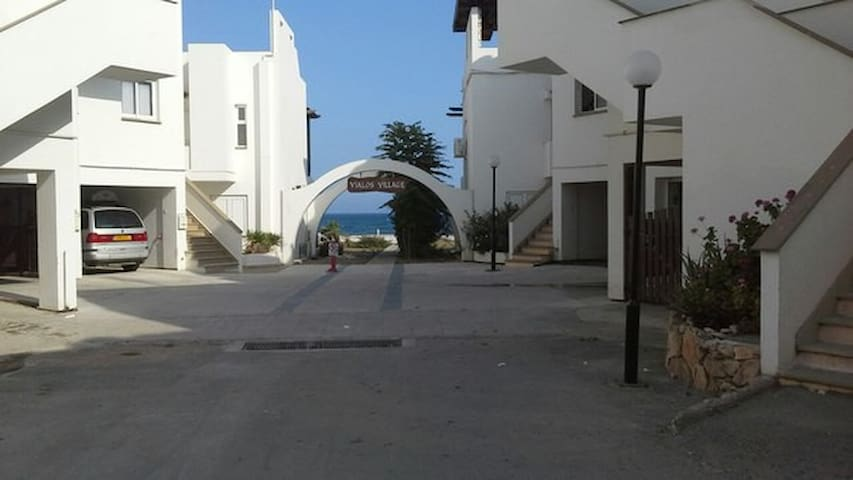 Sea view apartment - Meneou - Lakás