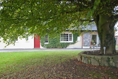 Countryside Retreat near Galway Bay - Ardrahan