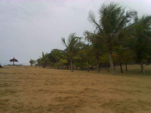 Doué plage de Grand Popo