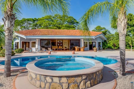 Beautiful Ocean View Luxury Villa - Peninsula de Nicoya