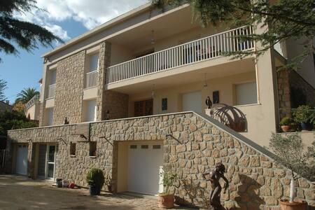 Superbe Villa centreville 5mn plage - Ajaccio