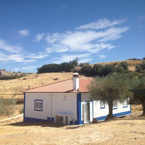Cozy countryside house in Elvas - Elvas - Hus