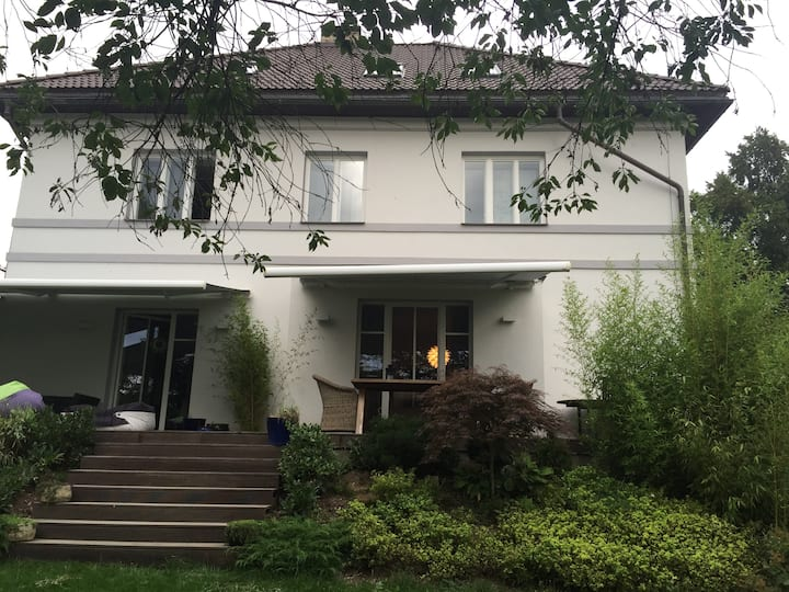 Luxury villa 30 min from the center of Prague