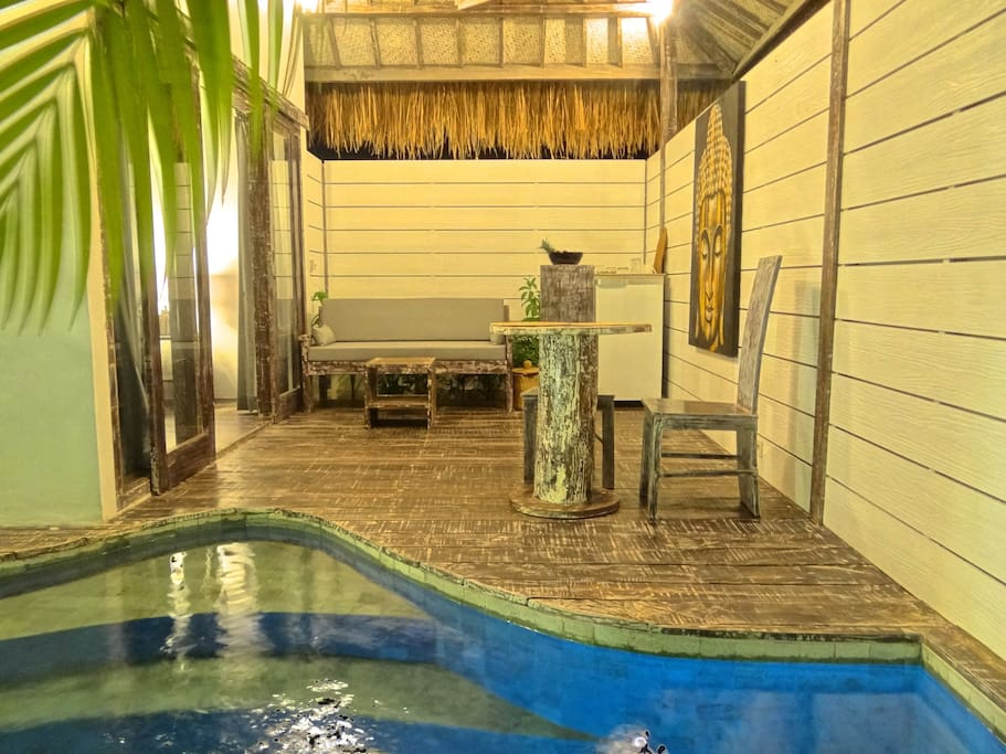 Atoll Haven Villa By Night - Living room - Swimming-pool view