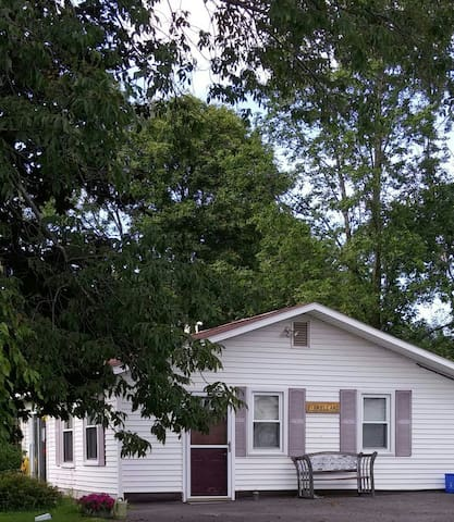 2 bedroom home- Oneida Lake Region - Central Square - House