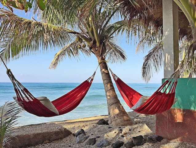 Private Room, Gorgeous Ocean View - Jacmel - Bungalow