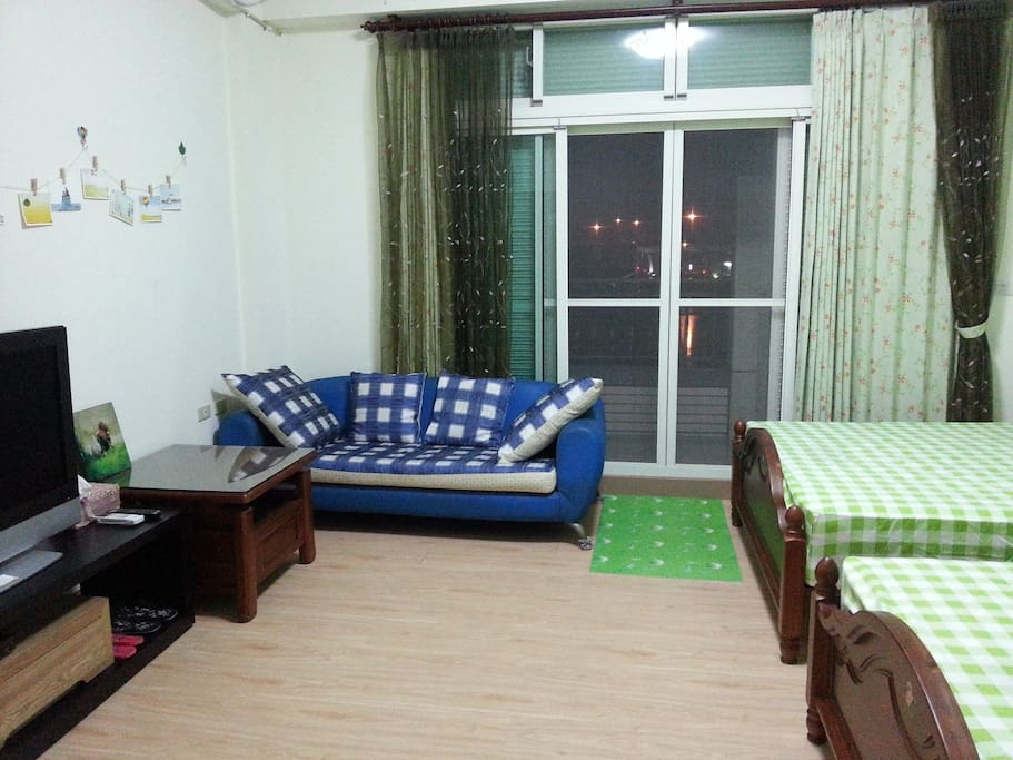 3樓臥室(有對外大陽台視野佳)