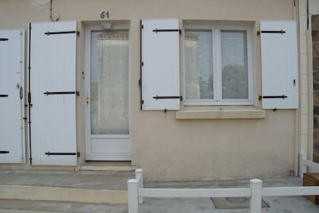 Maison lambris - Brem-sur-Mer - Talo