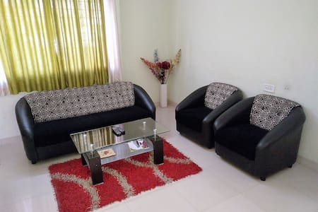 Peaceful Flat in Peaceful Locality - Pune - Apartment