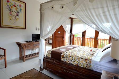 Deluxe bedroom in Villa Santai - Villa