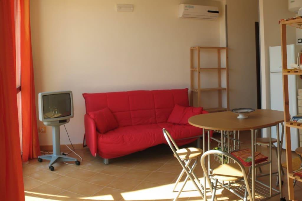 Living-room ground floor. Soggiorno Piano terra