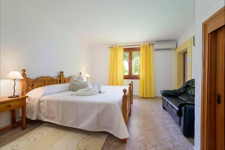 Bedroom 3 of 4, Double Bedroom with Ensuite